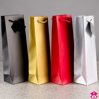 Bottle gift bags - the perfect wrapping for presents for friends and colleagues